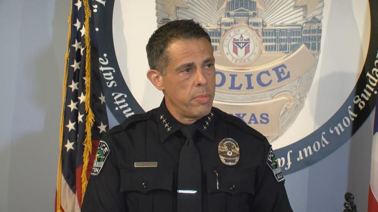 Staying in-house, city manager picks interim chief Joseph Chacon as Austin's next chief of police