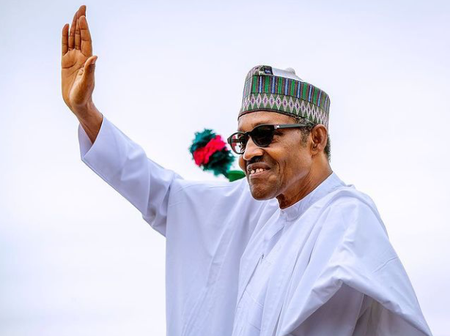 Reaction As President Buhari Travels For Medical Check-up Despite Planned Strike By Nigerian Doctors