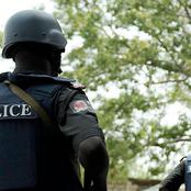 A Nigerian Police Officer has been arrested for stealing 5 AK 47 Riffles