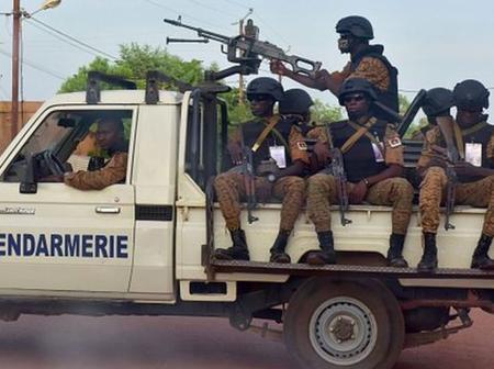 Burkina Faso : un gendarme tire sur un policier et prend la fuite. Voici les détails