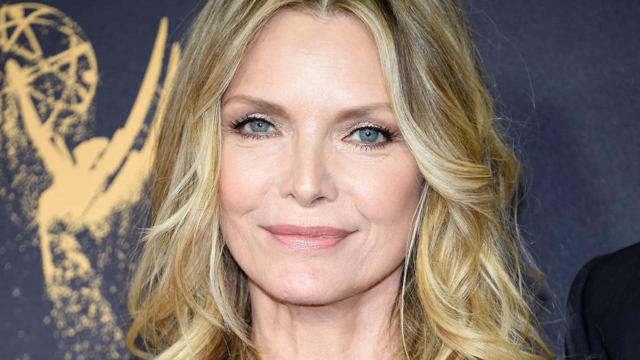 Michelle Pfeiffer's fans react as she reveals dilemma over appearance in makeup-free video