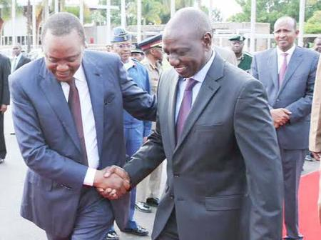 Uhuru Meets Ruto for the First Time Since he Asked him to Resign