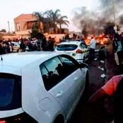 VIDEO:Cash vehicle bombed in Soweto and money is taken