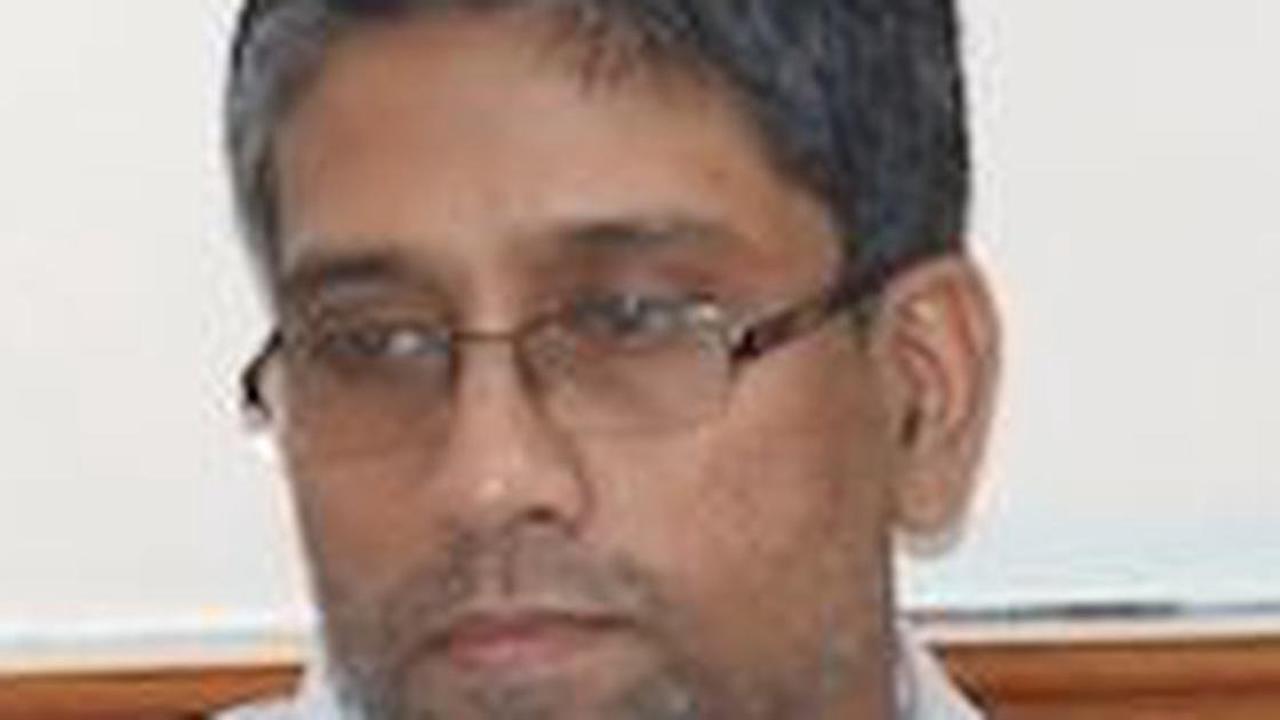 Bhima Koregaon: Hany Babu hospitalised after testing positive for Covid, contracting eye infection