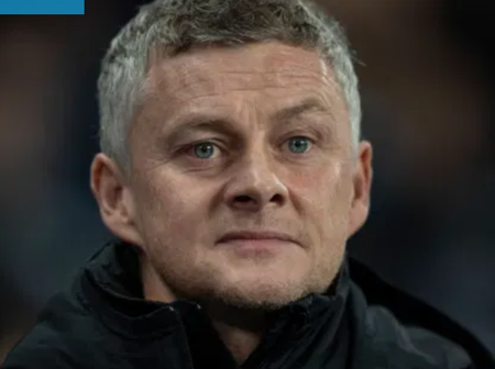 Manchester United target ex-united player on free transfer