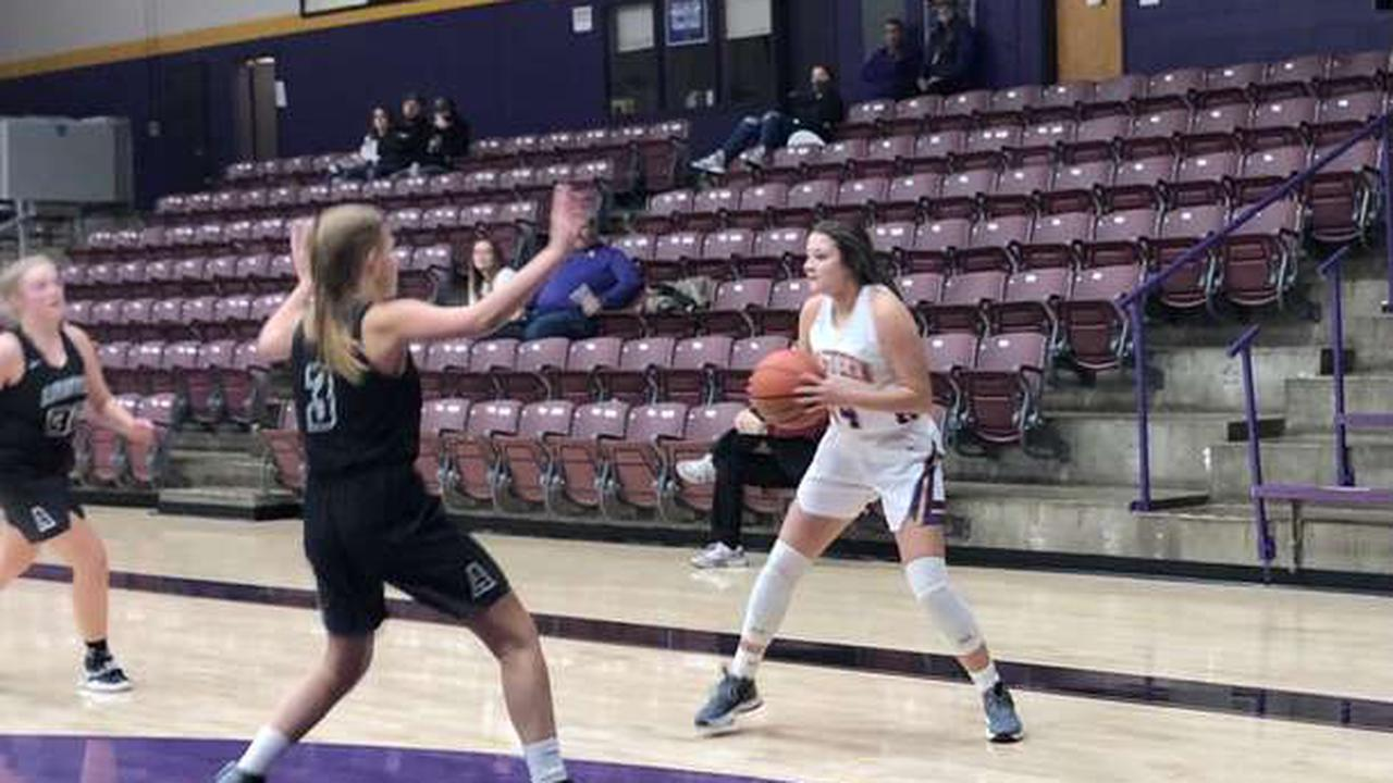 Lady Musketeers pick up conference win over Austin