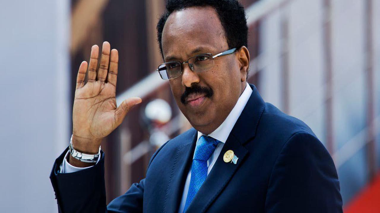 Somalia's parliament votes to extend president's mandate