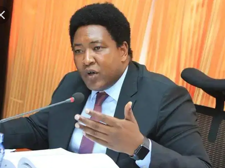 Senator Olekina Face the Wrath of Kenyans After Questioning President Uhuru's Borrowing on Twitter