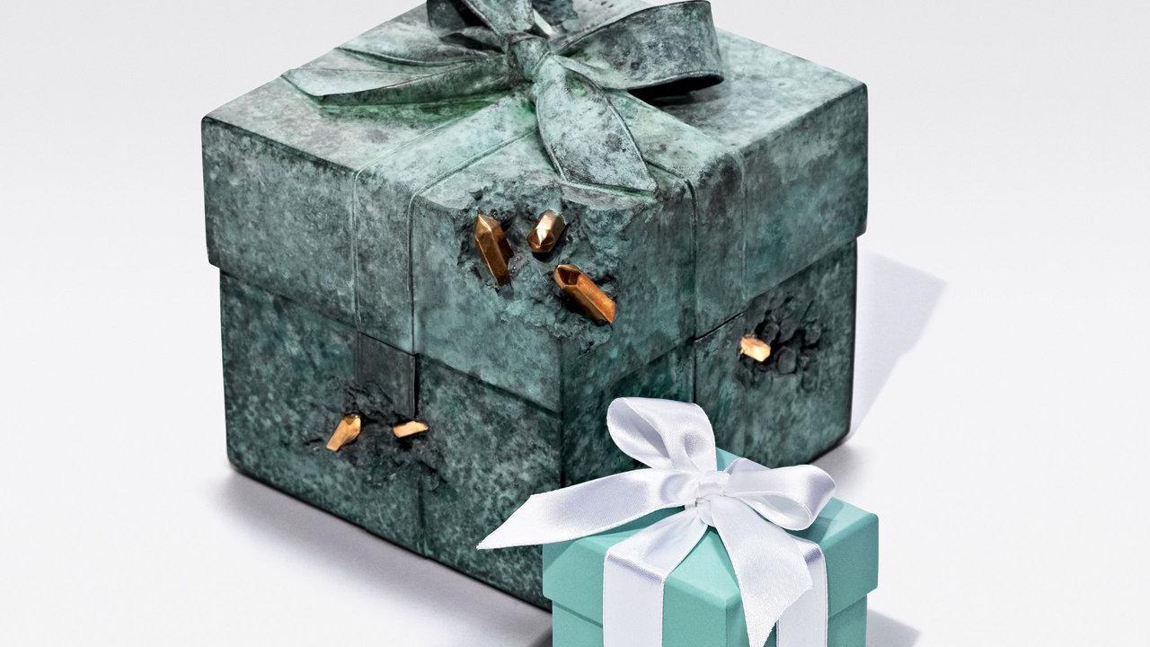 Tiffany & Co. revisite sa célèbre Blue Box en objets de collection arty