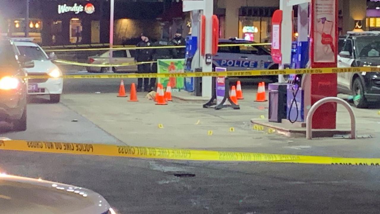 Police: Gun fight leaves man, teen dead at E. Livingston Avenue gas station