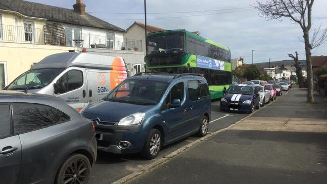Traffic congestion in Sandown as Broadway made one-way
