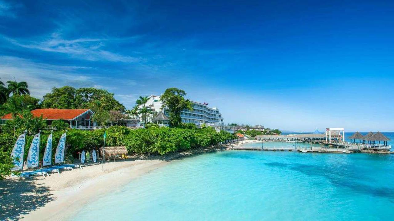 Sandals flash sale has 45% off Caribbean holidays