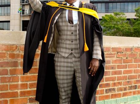 Tweeps are impressed with a Man who got kicked out of varsity in his first year, but holds 2 degrees