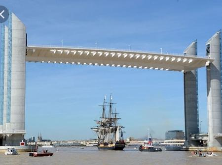 Unique bridges in the world you didn't know about.