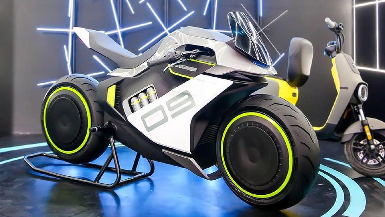 10 Cool Facts About Segway's Latest Hydrogen Motorcycle: The Apex H2