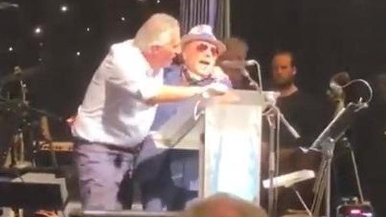 Ian Paisley should make public apology for Robin Swann chant, says Doug Beattie