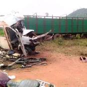 """Côte d'Ivoire: plus de 15 morts dans une collision entre un véhicule """"massa"""" et un camion remorque"""