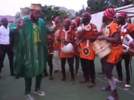 Emeka Okonkwo Alias E-Money Hosts Ogene Boys In His Home Town, Check Out Photos From The Party