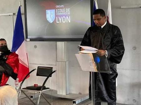 Samuel Eto'o a reçu ce vendredi son doctorat Honoris Causa de l'école de commerce de Lyon en France