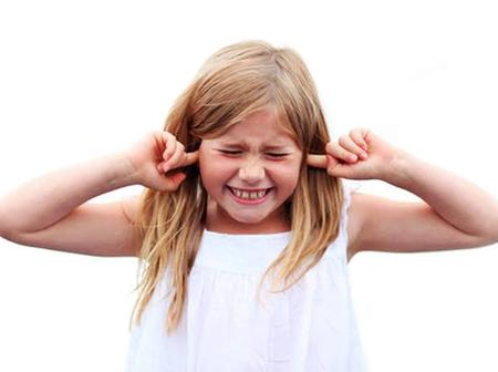 Check Out How You Can Reduce The Noise That Enters Into Your Ear When A Plane Is Taking Off