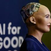 """""""Extra Ordinary Technology"""" Meet Sophia, A Robot That Could Draw, Talk And Learn Like Human."""