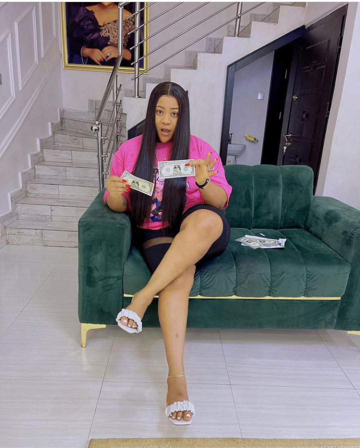 People pray day and night for destiny helper, but Chidimma killed hers - Nkechi Blessing 9