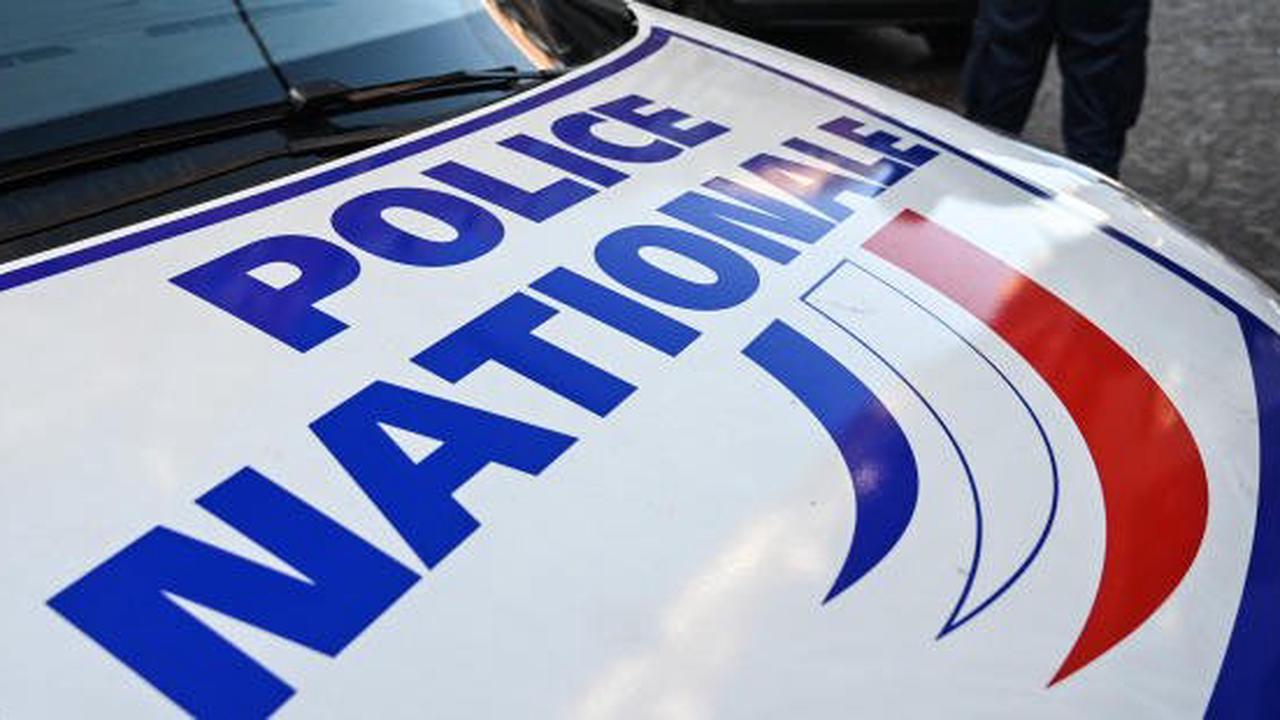 Une voiture percute une terrasse de café à Paris: 1 mort et 6 blessés, l'automobiliste a pris la fuite