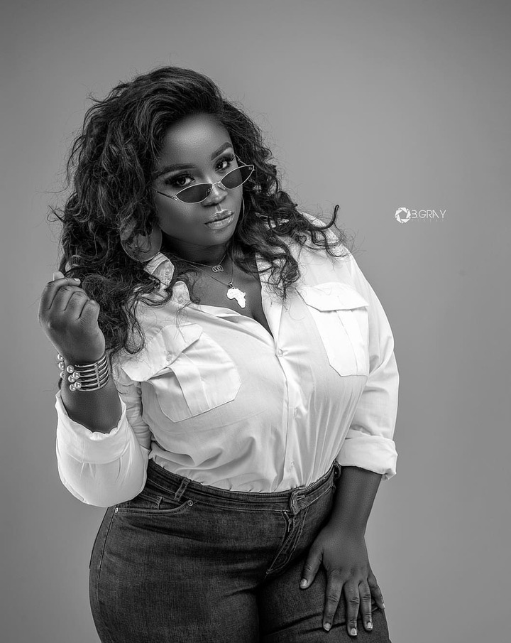 9d23bd88d33d53ffa023d50cb66878f5?quality=uhq&resize=720 - After 13 years in the movie industry: Maame Serwaa and Yaa Jackson who looks more grown? (Photos)