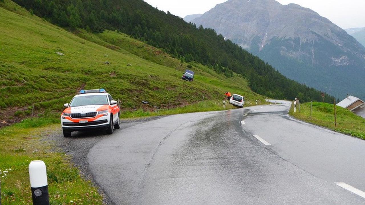 La Punt-Chamues-ch: Zwei Verletzte nach Kollision