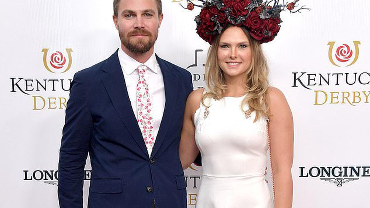 Arrow star Stephen Amell 'forcibly removed from a flight by air marshal and three flight attendants' after screaming at wife while 'intoxicated'