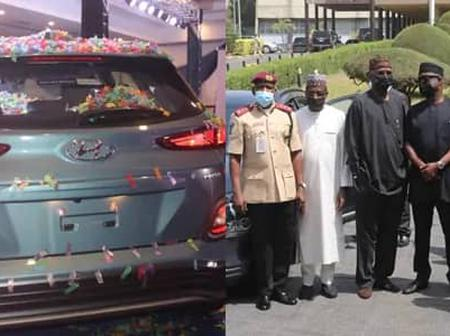 See the first-ever electric car in Nigeria as it was unveiled in Abuja. (more photos)