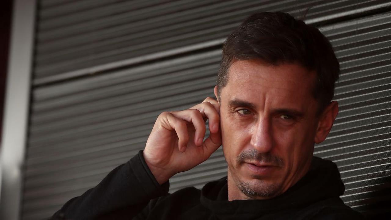Neville warns Solskjaer to sort major in-house issue amid Man Utd signings