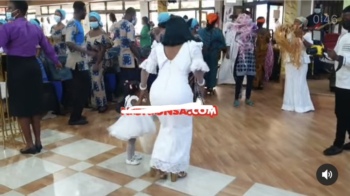 9e44836e19004c3d9bcda5e555a42b17?quality=uhq&resize=720 - McBrown's Baby Maxin Celebrates Her Birthday In Church With Bunch Of Hampers To Congregrants