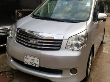 Why Toyota Noah Is Superior Than Toyota Voxy