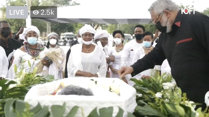 a013b504862f6bfc6d3eaad3b6e0a2f6?quality=uhq&resize=720 - Sad: Jerry John Rawlings Breaks Down In Tears As He Places A Flower In His Mother's Coffin