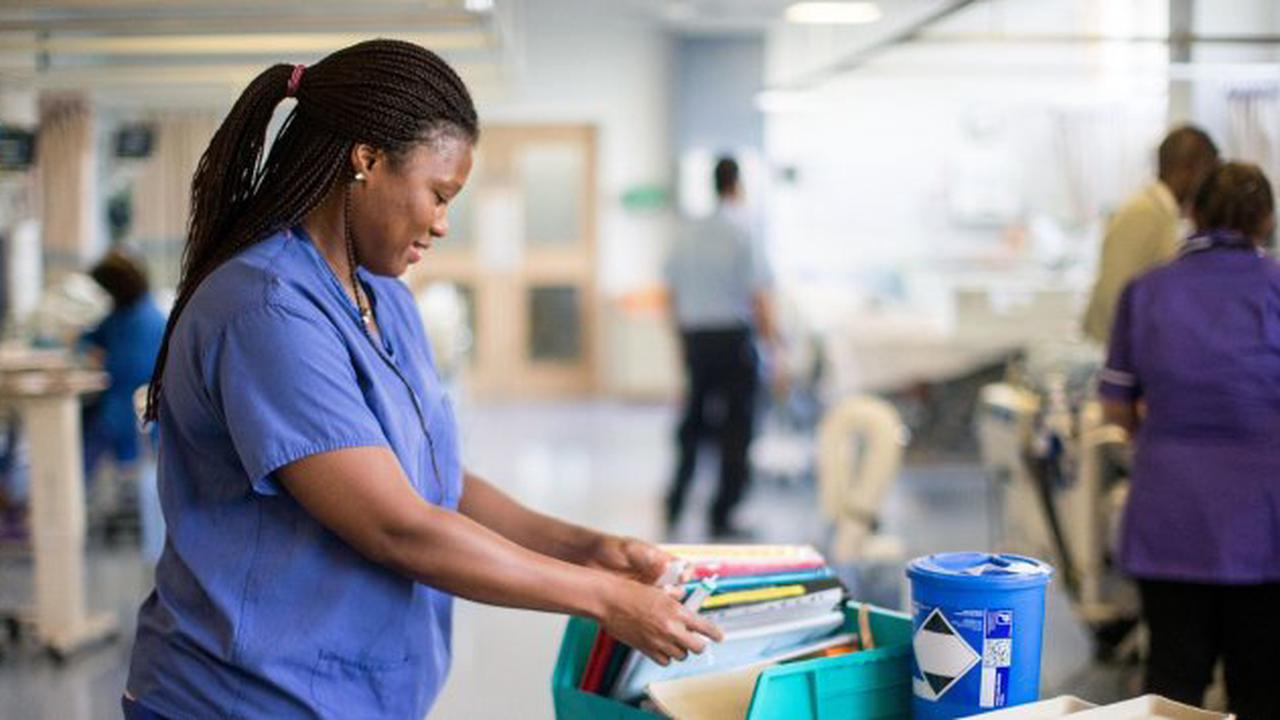 Government Must Honour 2.1% NHS Staff Pay Rise Signed Into Law And Ditch 1% Offer, Say Labour