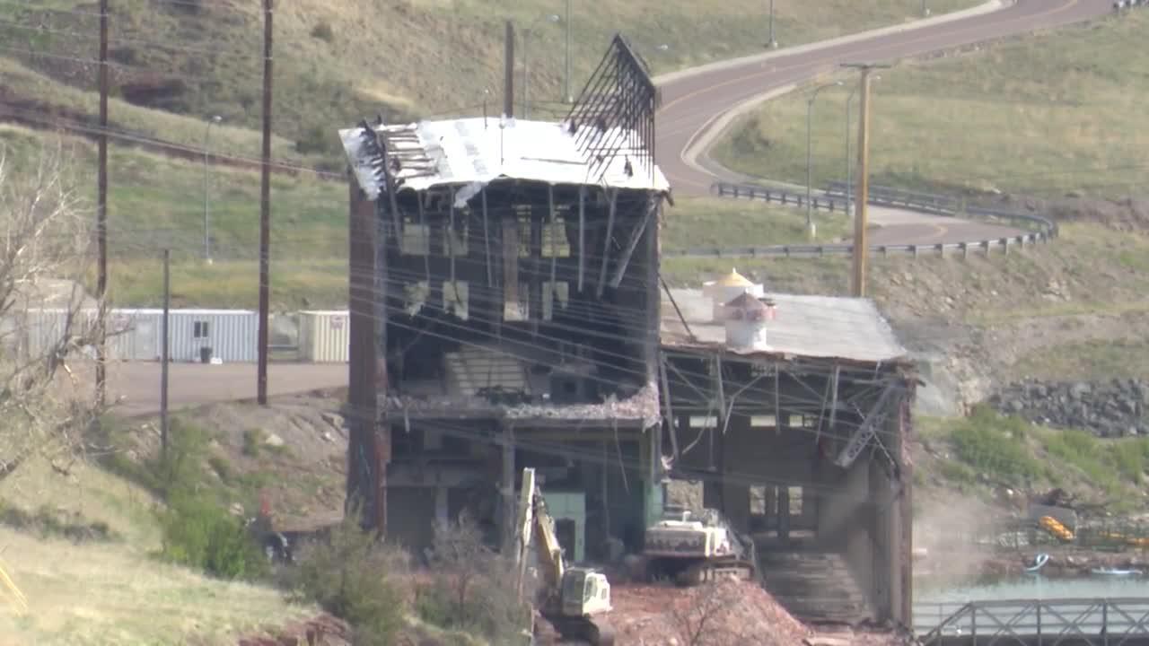 Demolition of Rainbow Dam powerhouse continues