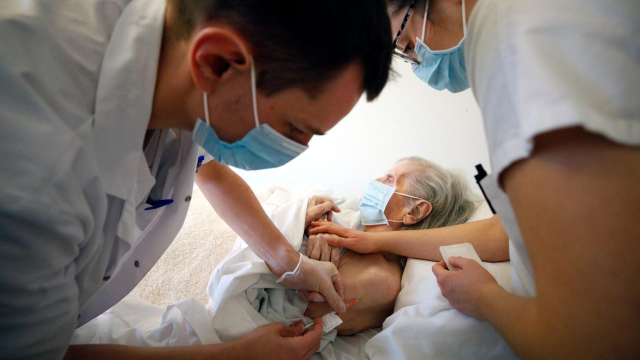 Alabama nursing homes to begin receiving COVID vaccines