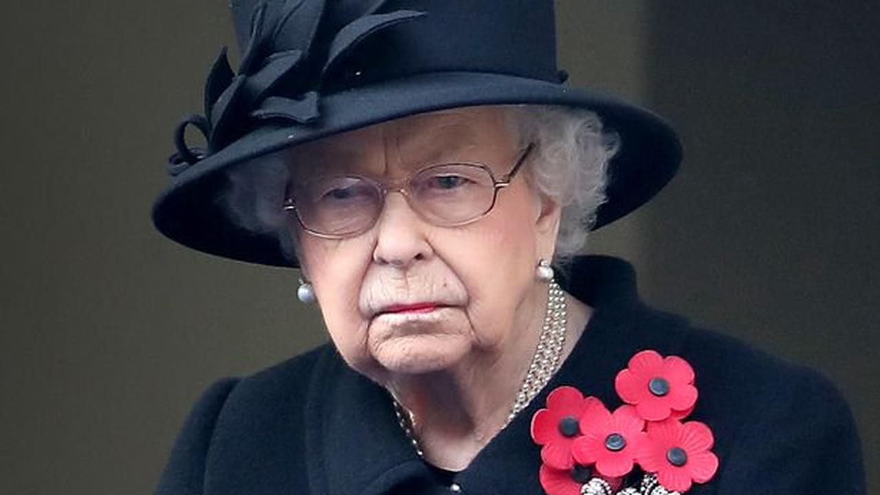 Queen and royals in two weeks of mourning as UK enters national period of grief