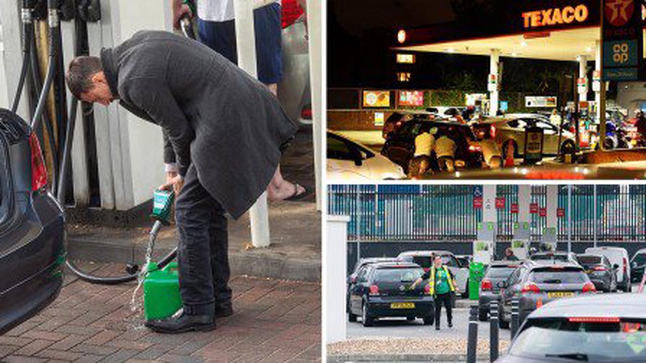 Boris Johnson considering sending in the Army to drive fuel trucks