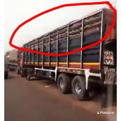 Moment food trucks from the North were stopped and prevented from going to the South (Video)