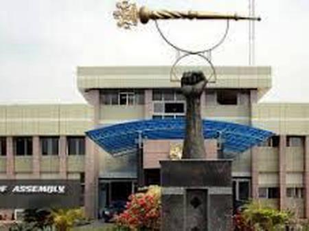 Why Imo Lawmakers Want To Dump APC For PDP