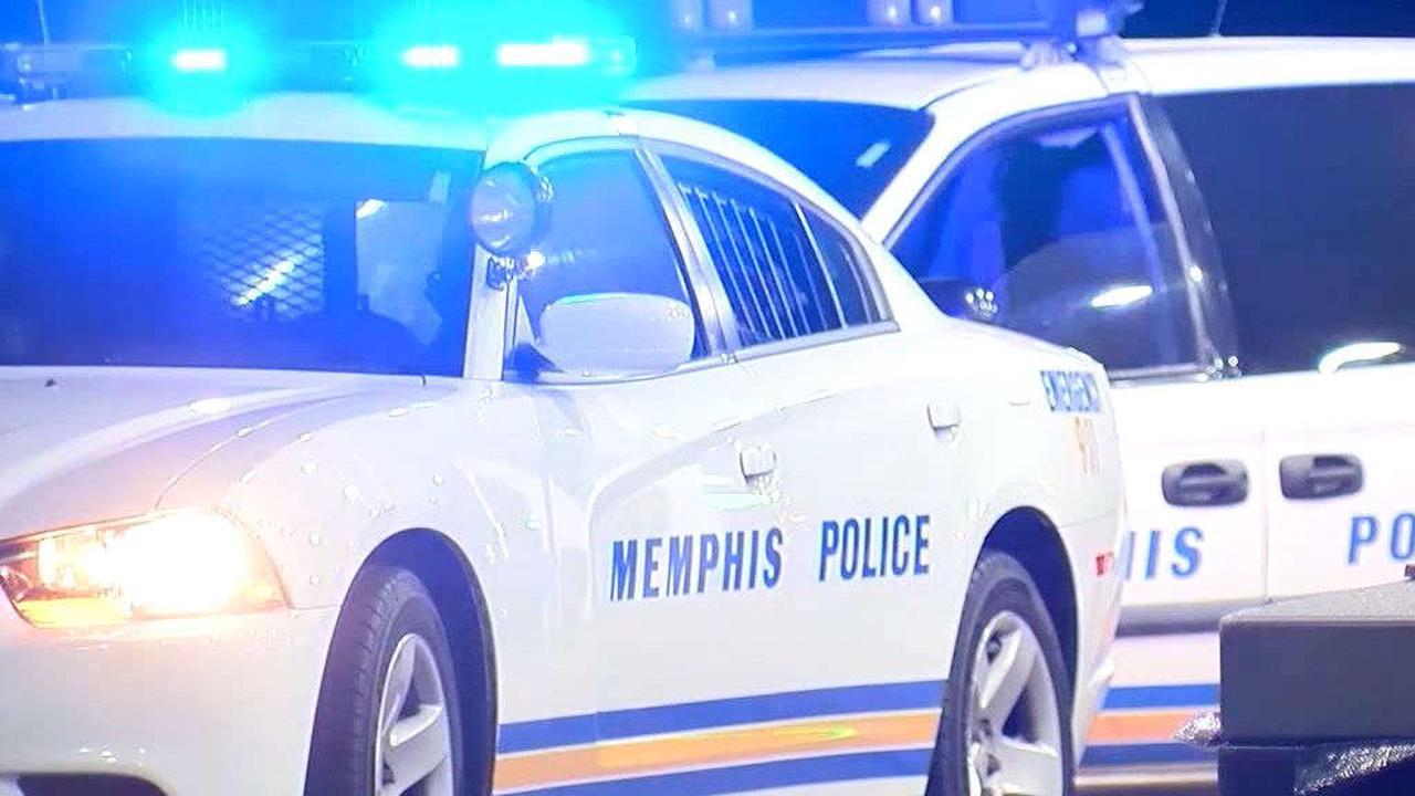 Child hurt, man dead after shooting in Memphis neighborhood, police say