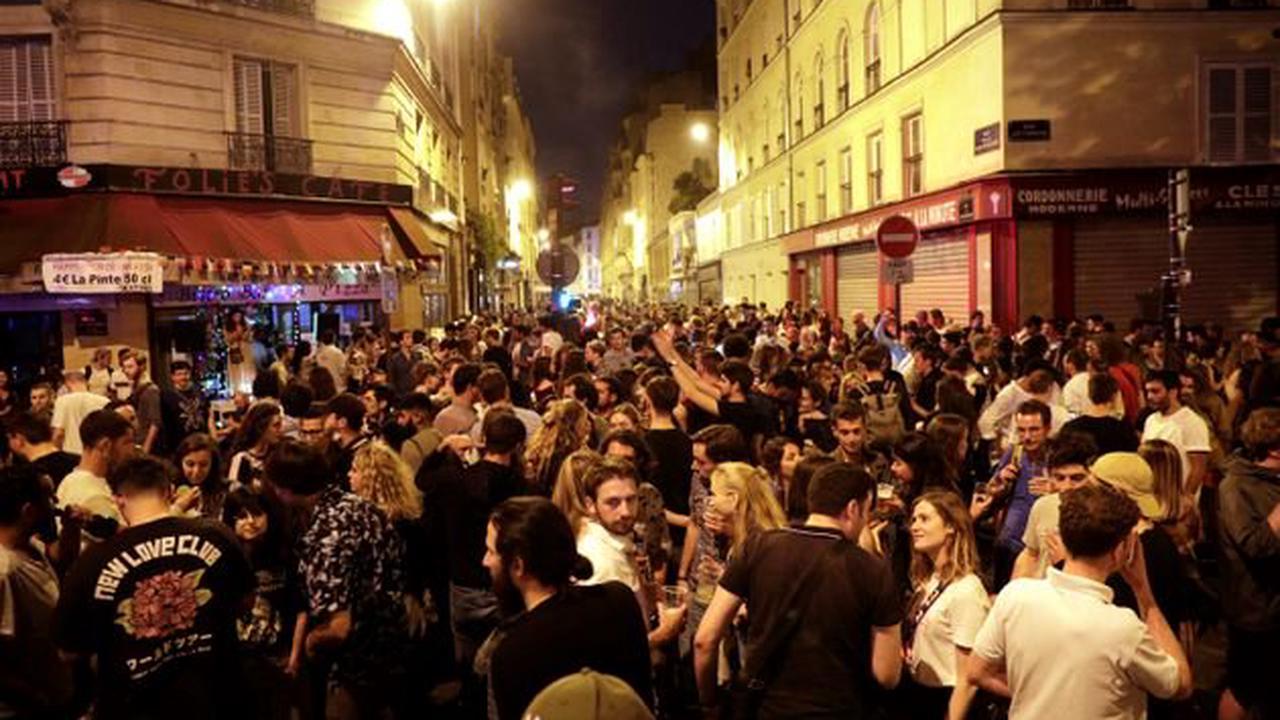 Quais bondés à Paris, tensions à Nantes, concert à l'Élysée: les images de la Fête de la musique