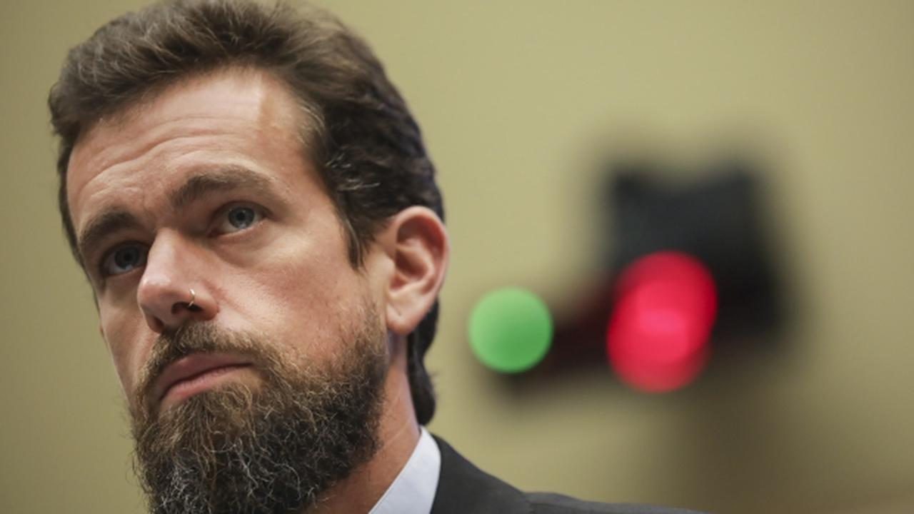 Twitter CEO Tweets About Banning Trump From Site