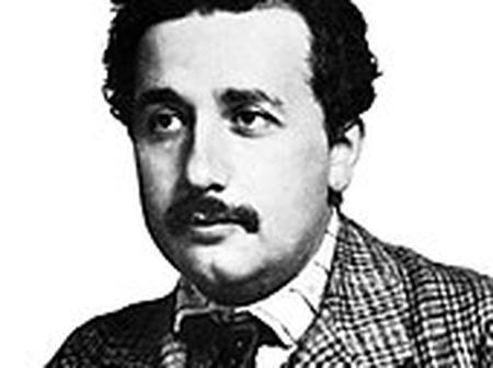 Albert Einstein, life, history, achievements e.t.c