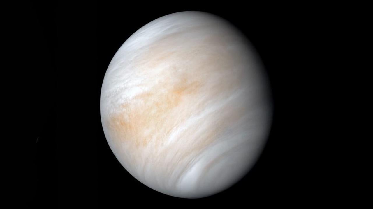 Mystery Flash Spotted On Venus Could Help Solve Long-Lasting Mystery