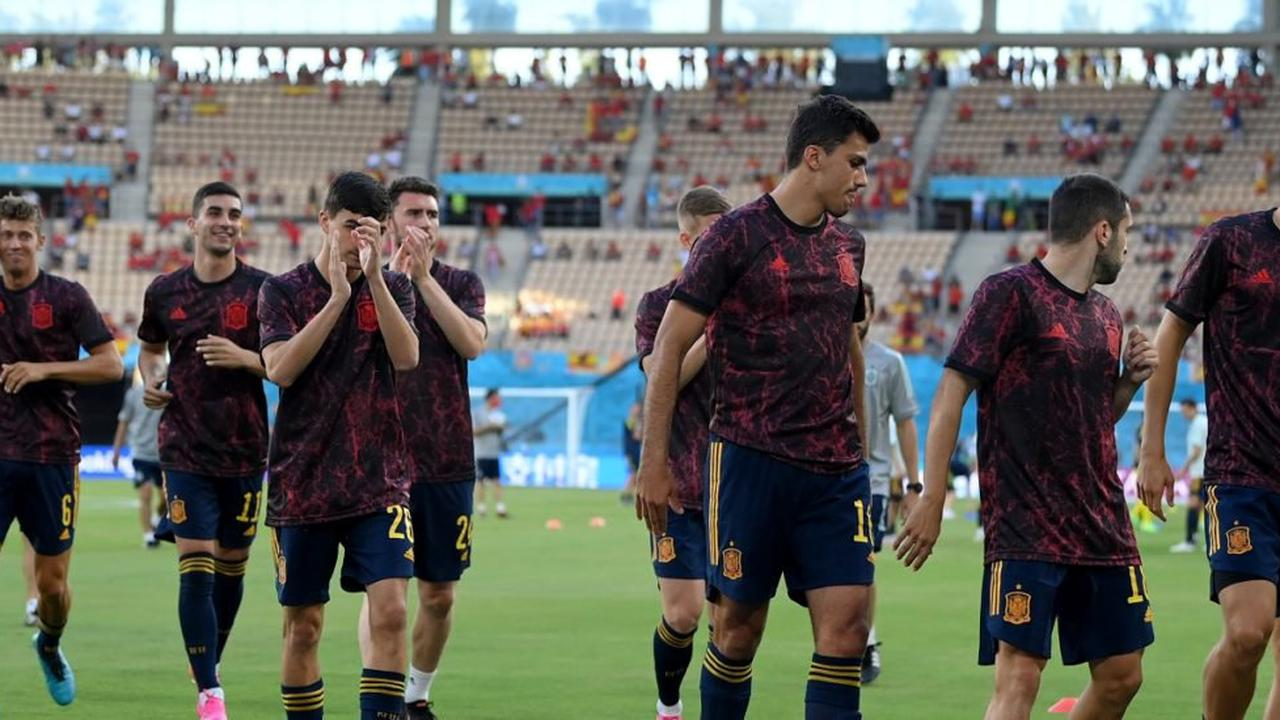 Starts for budget assets Pau Torres and Marcos Llorente as Spain face Sweden