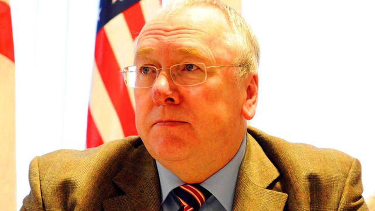 Adrian Dunbar and top Orangeman Mervyn Gibson split over Ireland in 2121