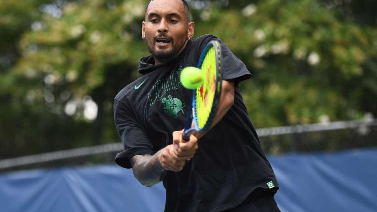 Defending champ Kyrgios quickly out in DC